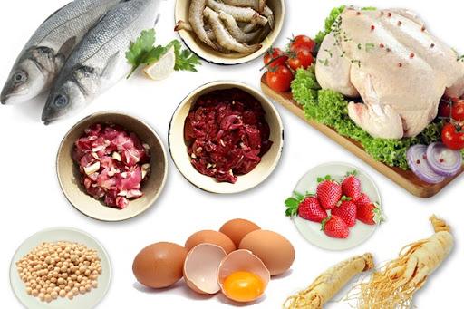 Bổ sung các loại thực phẩm giàu vitamin giúp tăng đề kháng cho trẻ.