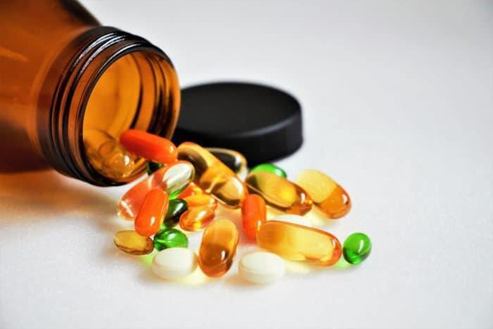 Vitamin tổng hợp có sẵn ở nhiều dạng: viên nén, viên nang, viên nhai, viên sủi, dạng bột và chất lỏng