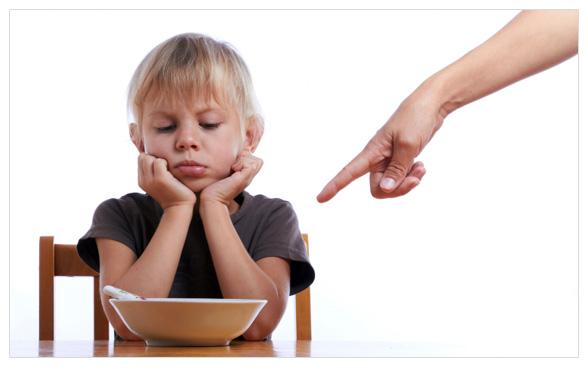 Trẻ hấp thụ kém, biếng ăn, suy dinh dưỡng, thiếu chất, sức đề kháng kém nên bổ sung vitamin tổng hợp
