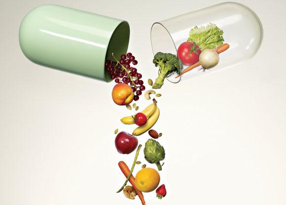 Vitamin tổng hợp chứa mười ba loại vitamin và ít nhất 16 khoáng chất rất cần thiết cho sức khỏe của trẻ