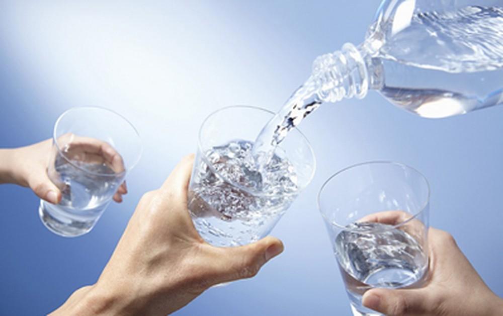 Bổ sung đủ nước cho trẻ mỗi ngày giúp tăng cường miễn dịch tự nhiên hiệu quả cho trẻ