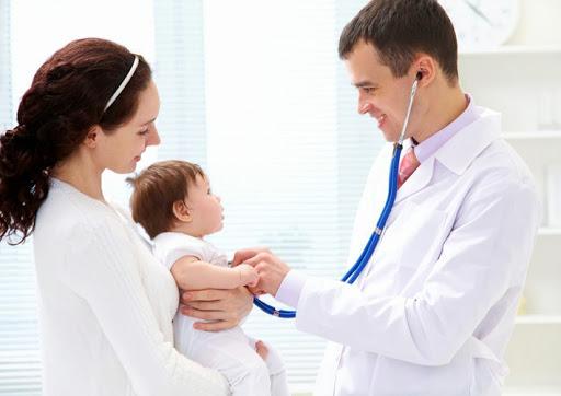 Trẻ em dưới 3 tuổi là giai đoạn phát triển mạnh mẽ nhưng cũng là lúc sức đề kháng non nớt nhất